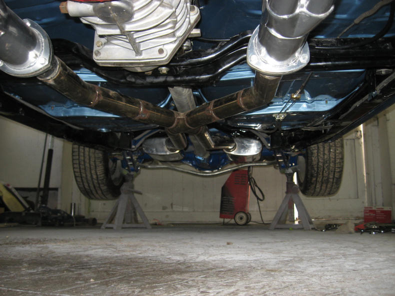 Automobile Drivetrain Engine